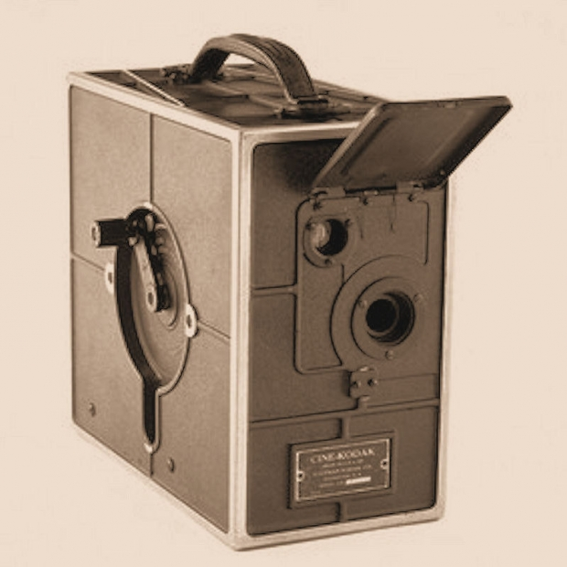 Ciné-Kodak Model A